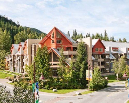 Whistler Vacation Club, Whiski Jack at Lake Placid Lodge