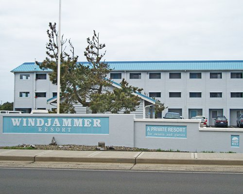 Windjammer Condominiums Timeshares