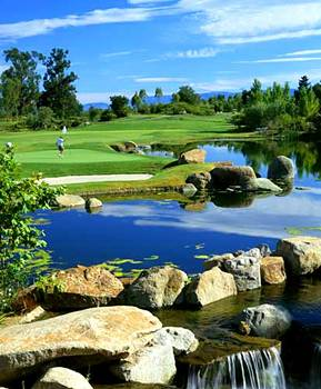 Riviera Oaks Resort and Monarch Grand Vacations at Riviera Oaks Resort Timeshares