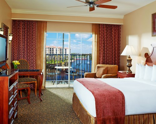 Hilton Grand Vacations Club at Tuscany Village Timeshare