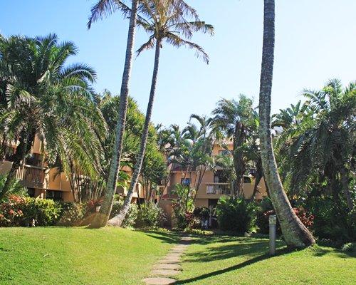 La Lucia Sands